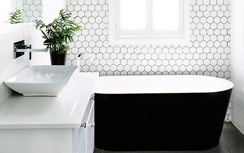 Bộ sưu tập phòng tắm màu trắng cho người mệnh Kim
